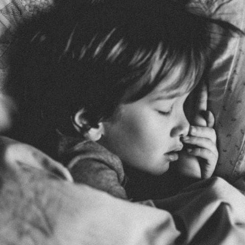 Bedwetting: Find out why does your child still wet the bed